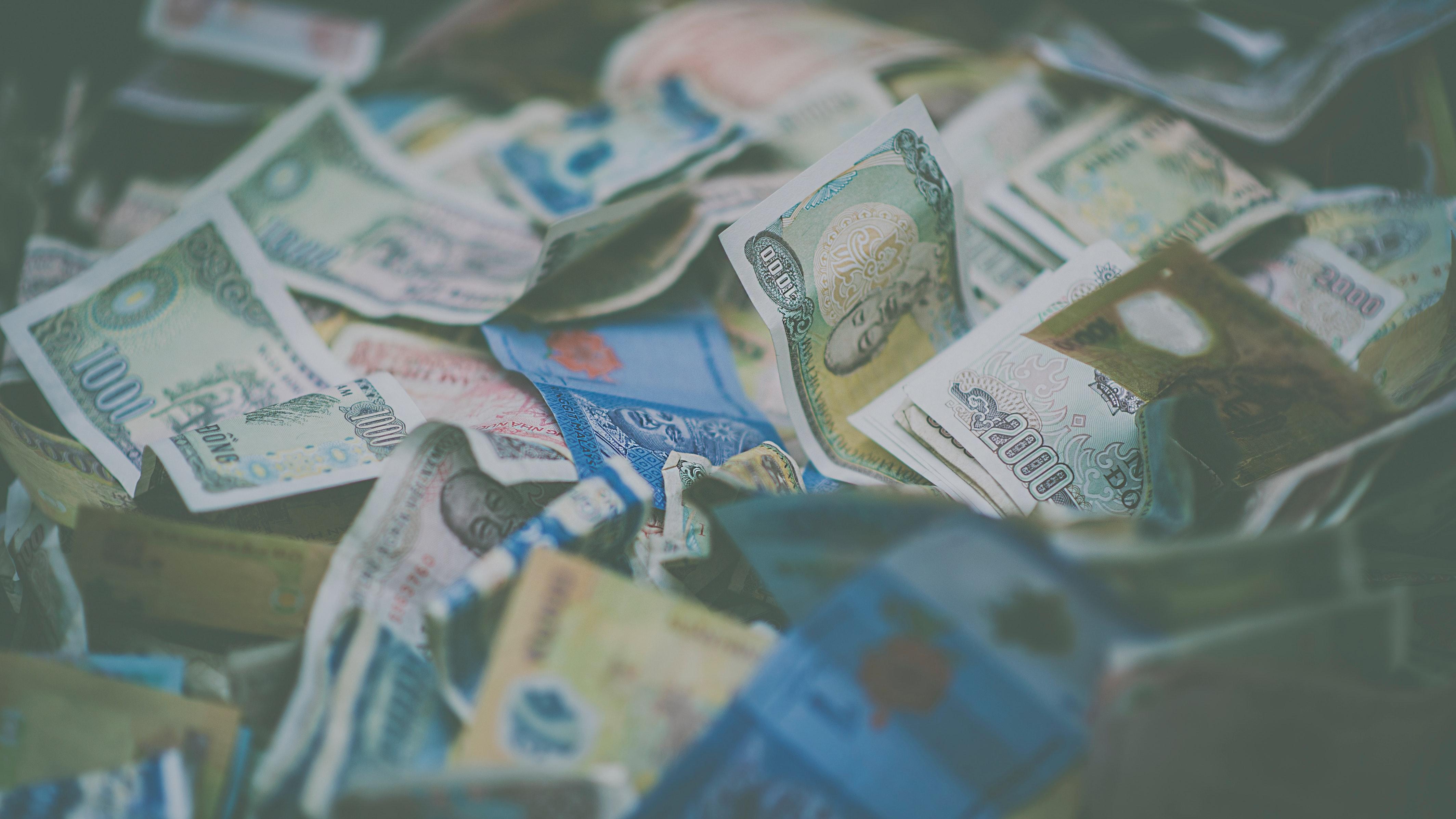 banknotes-blur-cash-1629172